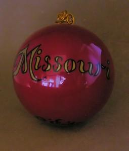 Reverse side of the Missouri ornament